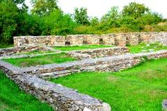Руины в Ulpia Traiana Augusta Dacica Sarmizegetusa Стоковые Изображения RF