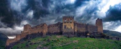 Руины древности Волшебная крепость, Georgia, может 2017 стоковые изображения
