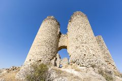 Руины замка в деревне Pelegrina Стоковое Изображение RF