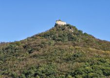 Руины замка Aggstein, южный берег Дунай в Wachau, Австрии стоковое изображение rf