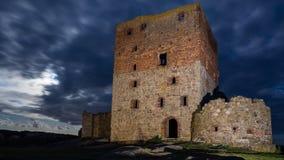 Руины замка Hammershus к ноча Стоковое фото RF