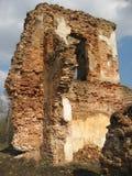 Руины замка Krevsky белизна изолированная кирпичом красная Беларусь Стоковое Изображение
