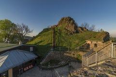 Руины замка Tolstejn в горах Luzicke hory Стоковые Изображения