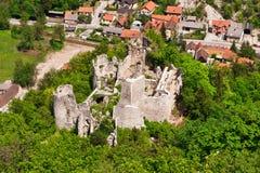 руины замока средневековые Стоковые Изображения