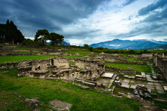 Руины камня исторического Salonae близко разделили, Далмация, Хорватия Стоковое Фото