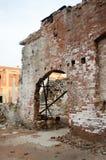 Руины кирпичной стены Стоковые Изображения RF