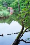 Руины крепости Pillau Отражение воды green nature Стоковое Фото