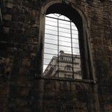 Руины Лондона сада Крайстчёрча Greyfriars стоковое фото