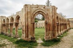 Руины монастыря Сан-Хуана на Сории в Кастилии Испании стоковое изображение
