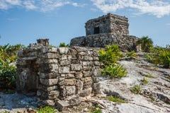Руины на археологических раскопках Tulum, Quintana Roo, Мексике Стоковые Фотографии RF