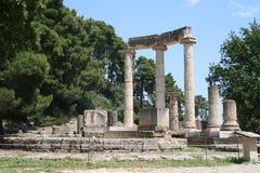 руины Олимпии Греции колонок Стоковые Фото
