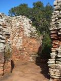 Руины полетов san ignacio иезуита мини в misiones в Аргентине Стоковое Изображение