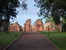 Руины полетов san ignacio иезуита мини в misiones в Аргентине Стоковые Изображения