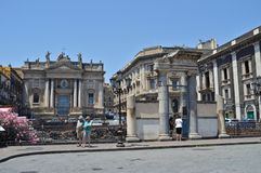 Руины римского амфитеатра на Катании стоковое изображение