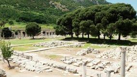 Руины рынка в древнем городе Ephesus Efes, Izmir Турции Панорамная съемка сток-видео