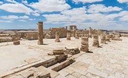 Руины северной церков в городе Nabataean Avdat, расположенном на дороге ладана в пустыне Judean в Израиле Inc стоковая фотография