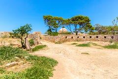 Руины старого городка в Rethymno, Крите, Греции. Стоковые Фотографии RF