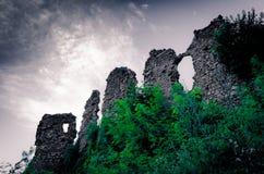 Руины старого замока Стоковые Изображения RF