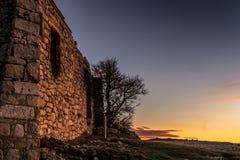 Руины старого дома камня в Испании стоковое изображение rf