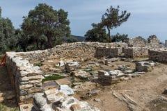 Руины старой деревни в археологических раскопках Aliki, острове Thassos, Греции Стоковая Фотография RF