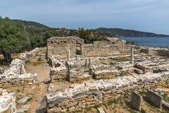 Руины старой деревни в археологических раскопках Aliki, острове Thassos, Греции Стоковое Фото