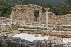 Руины старой церков в археологических раскопках Aliki, острове Thassos, Греции Стоковая Фотография RF