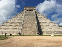 Руины старых майяских зданий: Chichenitza Стоковое Изображение RF
