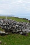 Руины хаты улья Clochan в Ирландии Стоковое Изображение RF