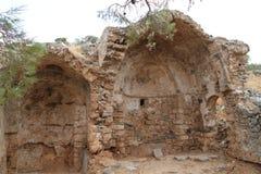 Руины церков, крепость колонии Leper Spinalonga, Elounda, Крит Стоковое Изображение