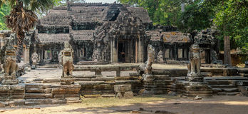 Руины Angkor Wat в джунглях Стоковое Изображение