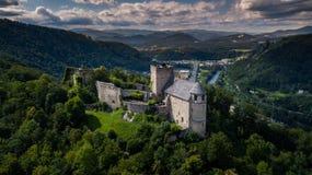 Руины Gössling замка в Австрии около Граца стоковые фотографии rf