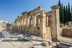 Руины Hierapolis, теперь Pamukkale Стоковое Изображение RF