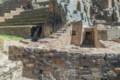 Руины Inca в Ollantaytambo стоковые фотографии rf