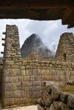 Руины Inca Machu Picchu в облаке Стоковое Изображение