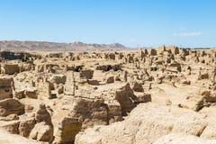 Руины Jiaohe увиденные сверху, Turpan, Китай Старая столица королевства Jushi, это было естественной крепостью на крутом плато стоковые изображения rf