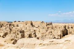 Руины Jiaohe увиденные сверху, Turpan, Китай Столица королевства Jushi, это AAncient было естественной крепостью на крутом плато стоковое фото rf