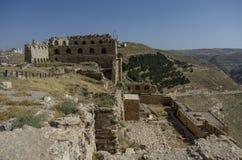 Руины Kerak рокируют, большой замок крестоносца в Kerak (Al стоковая фотография rf