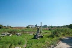 Руины Temple of Artemis, один из 7 интересов античного мира Selcuk, Турция, наши дни стоковые изображения rf