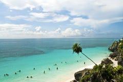 Руины Tulum и пляж, Мексика Стоковые Фотографии RF