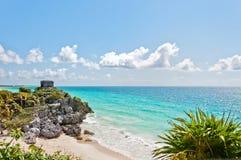 Руины Tulum карибским морем, Мексикой Стоковая Фотография