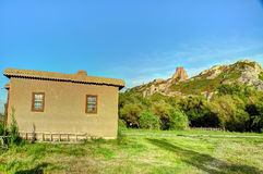 Руины Tushpa, королевства Urartu с Van Крепостью Стоковое Изображение RF