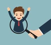 Рука бизнесмена держа лупу для поиска человек Стоковое Изображение RF