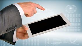 Рука бизнесмена используя планшет Стоковое фото RF
