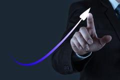 Рука бизнесмена работая с новым современным компьютером и делом s Стоковое Изображение