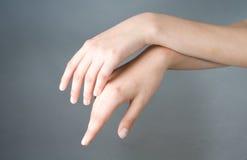 рука девушки имеет открытое Стоковая Фотография RF