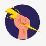Рука кулака держа thunderbolt Зевс и концепция силы - Стоковые Фотографии RF