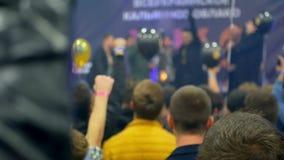 Рука людей концерта речи акции видеоматериалы
