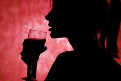 рука питья Стоковые Изображения RF