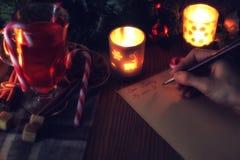 Рука пишет год желания Стоковые Изображения RF