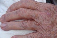 Рука подробно от старухи Стоковые Фотографии RF